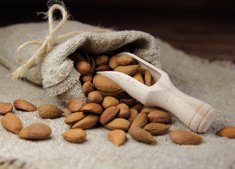 almonds-for-healthy-skin