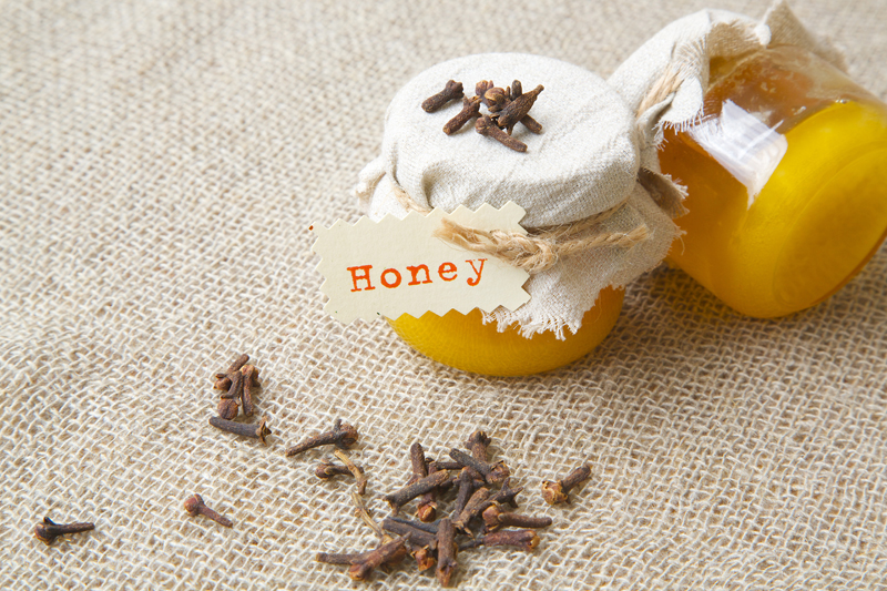 ayurveda-and-astham_1-cloves-honey-banana