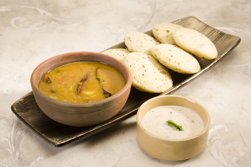 healthy-indian-breakfasts-rice-n-moong-dal-idli