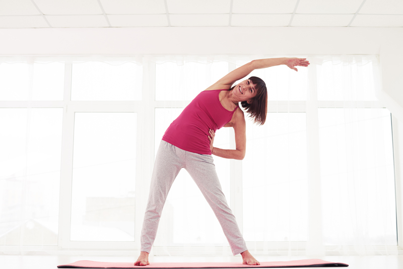 strengthen-your-core-standing-side-stretch